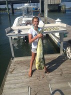 12 year old reels in Mahi perfectly